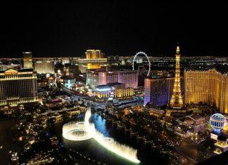 Las Vegas - Gambling, Games - City - Night View - Colorful